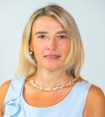 """Portraitbild vom Experten """"Agnes Valenta"""""""